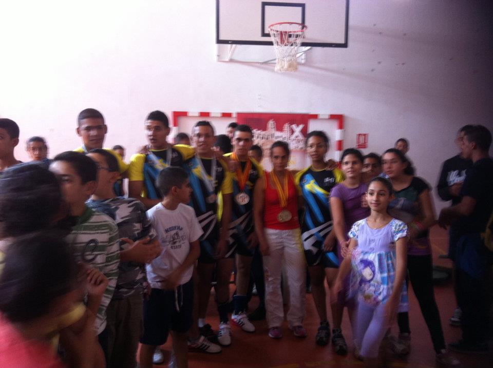 demostracion en el instituto rusadir