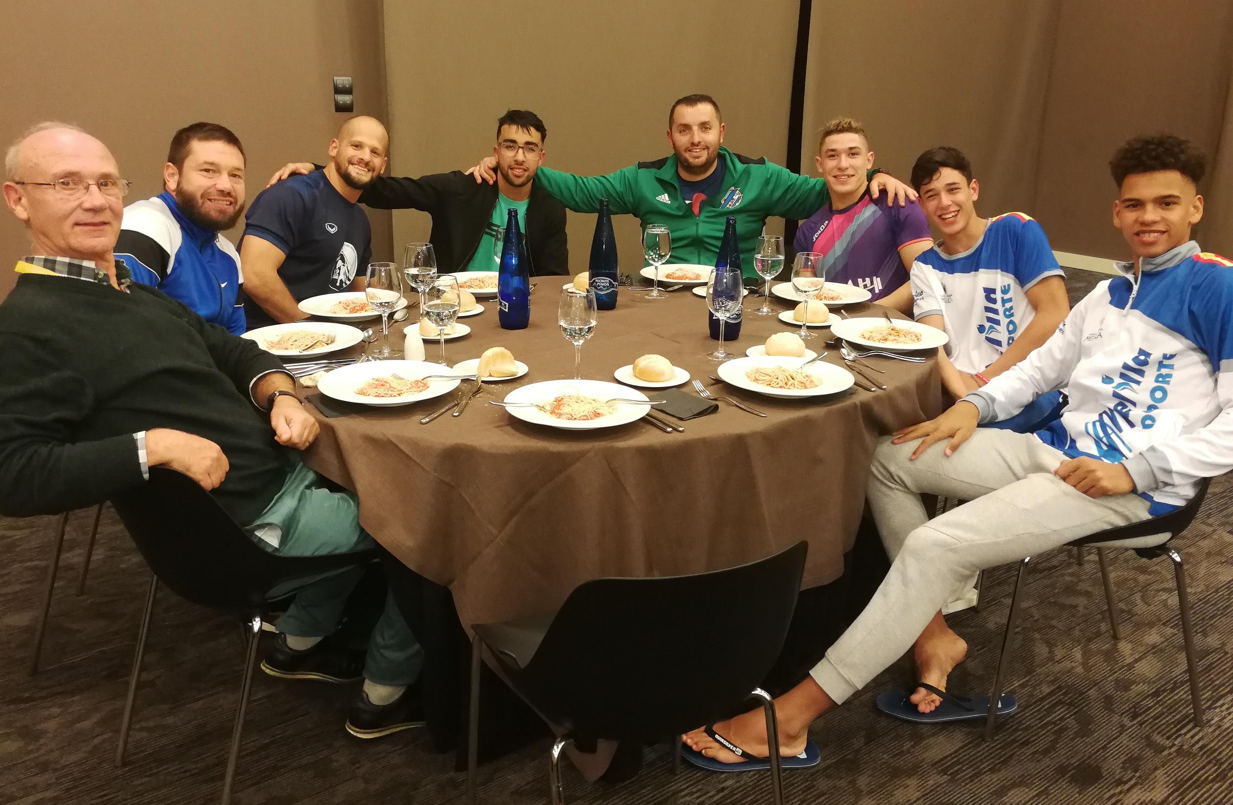 equipo en la cena